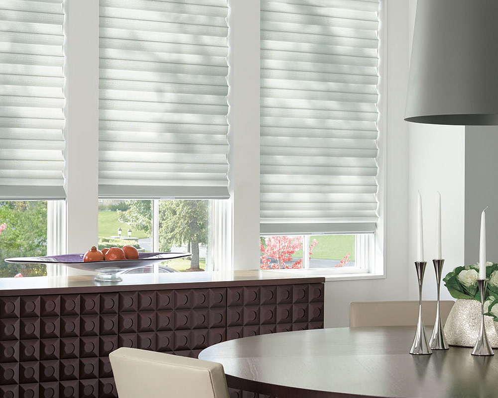 Hunter Douglas - Solera Roman Shades